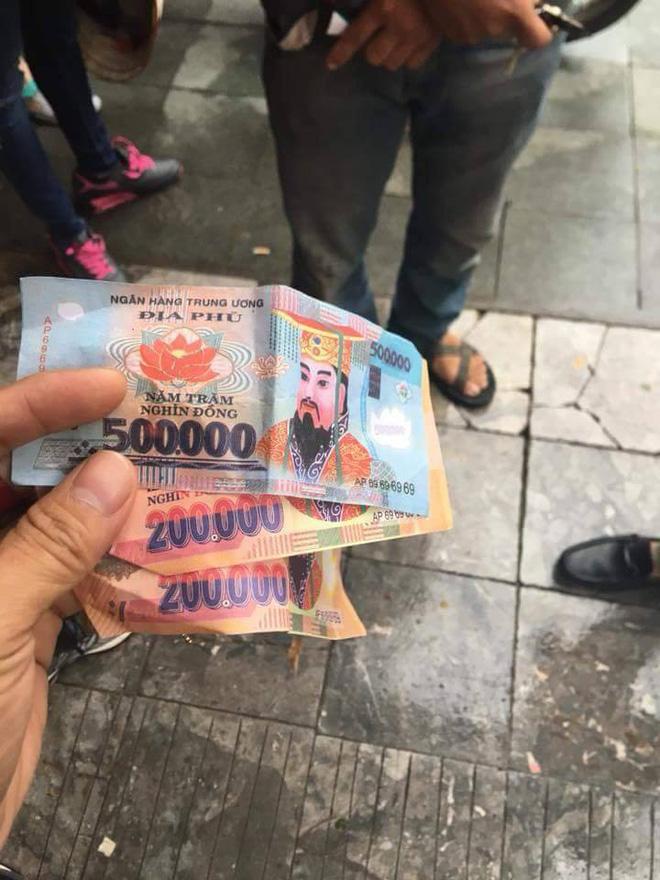 3 tờ tiền âm phủ mà du khách nhận được sau khi kết thúc hành trình xích lô