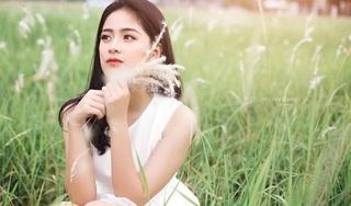 Nữ sinh Tài chính 'gây thương nhớ' trong bộ ảnh tuyệt đẹp