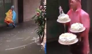 Clip: Nhà trai mặc áo mưa lội nước bì bõm để bê tráp vào nhà gái