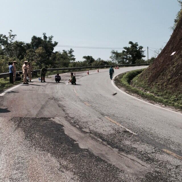 Vị trí xe gặp nạn là khúc cua đèo Cao Bắc, tại Km 250+400 QL3