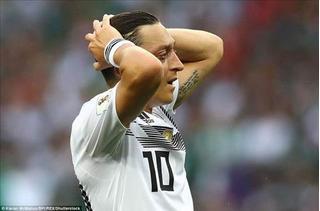 Mesut Ozil viết tâm thư chia tay đội tuyển Đức: