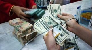Tỷ giá ngoại tệ hôm nay 24/7: USD bất ngờ tăng vọt