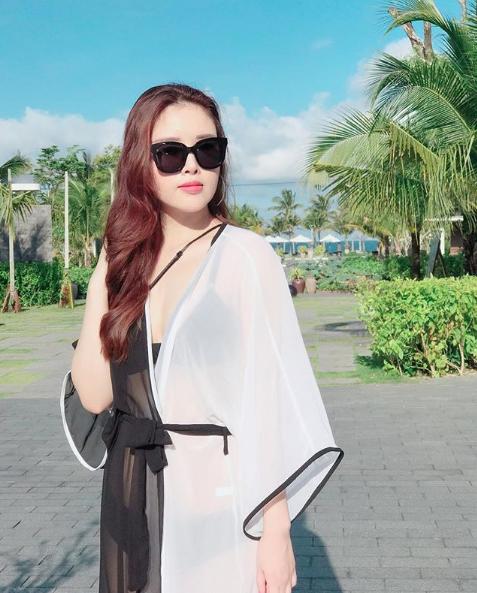 Em gái Mai Phương Thúy lột xác từ cô bé đen nhẻm thành hot girl8