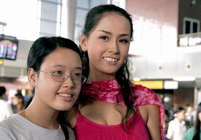 Em gái Mai Phương Thúy lột xác từ cô bé đen nhẻm thành hot girl