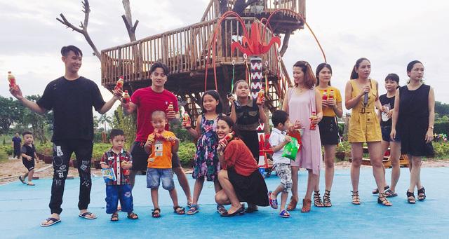 Trà thanh nhiệt Dr Thanh cùng nghệ sĩ Tự Long mang đến cho khán giả Thủ Đô những khoảnh khắc thú vị