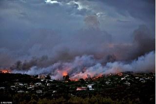 Cháy rừng khủng khiếp ở Hy Lạp, 50 người dân thiệt mạng thương tâm