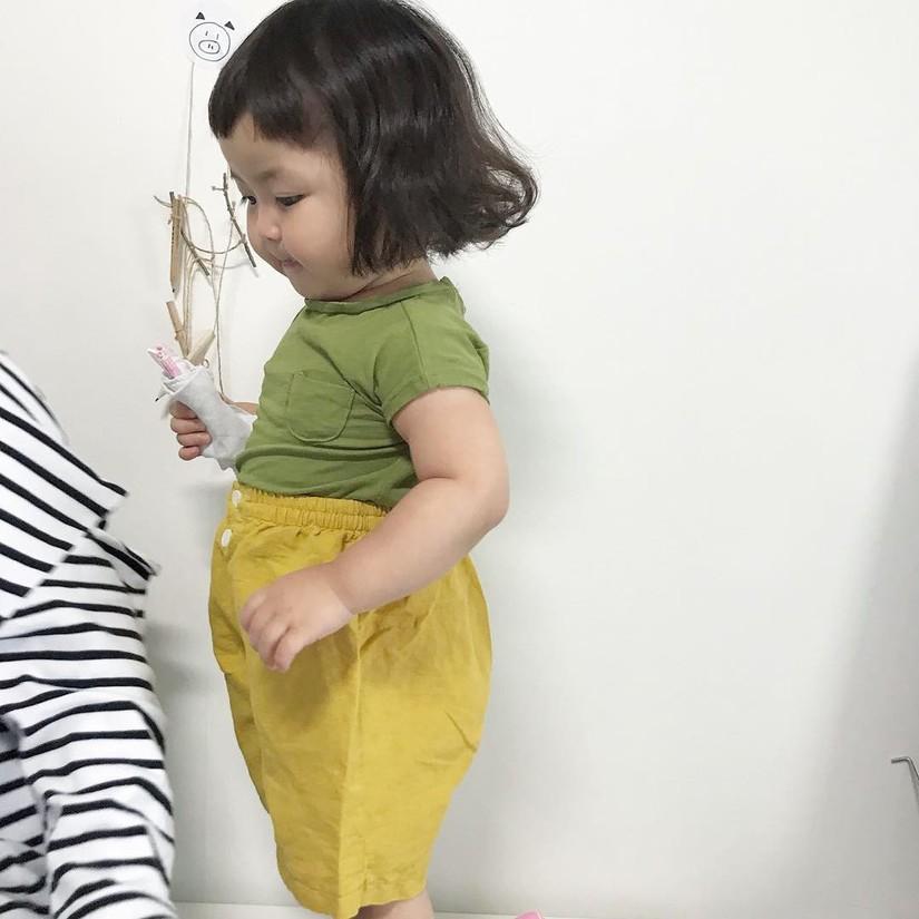 hot kid, em bé má bánh bao