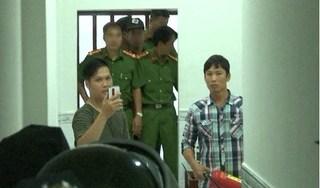 3 cha con cho vay nặng lãi 'liên thủ' cầm vũ khí dọa cảnh sát