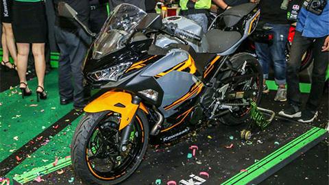 Kawasaki Ninja 250 mới gây choáng với giá chỉ 37 triệu đồng2