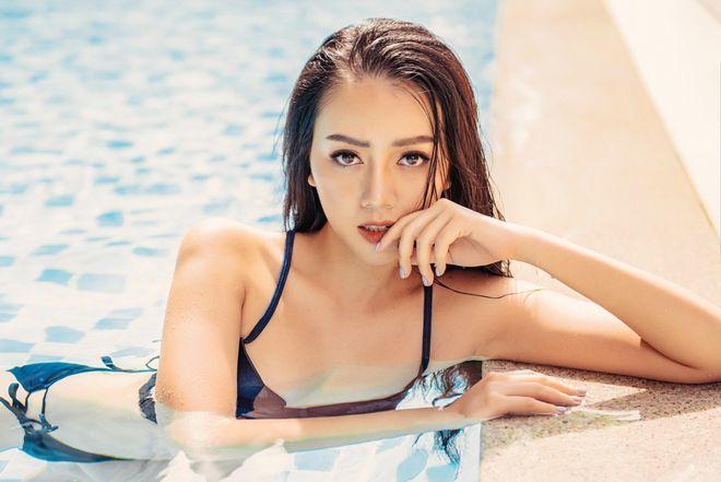 Băng Di 'Gạo nếp gạo tẻ' tung ảnh bikini khoe 3 vòng 90 – 65 - 90