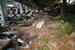 82 người chết do động đất, Indonesia còn cảnh báo sóng thần
