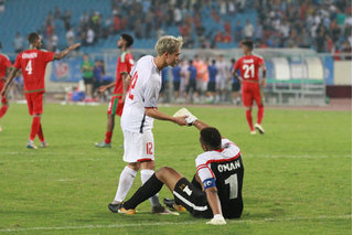 Hình ảnh đẹp của Văn Toàn khiến người hâm mộ nước lòng trong trận U23 Việt Nam - Oman