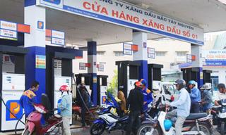 Giá xăng dầu hôm nay 7/8: Đồng loạt tăng ngất ngưởng