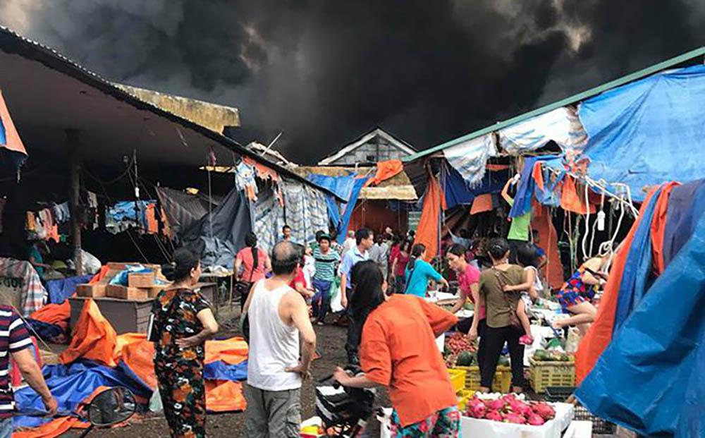 Phát hiện hàng loạt sai phạm sau khi cháy chợ Sóc Sơn