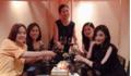 Mai Phương Thúy đón tuổi 30 bên hội 'chị em bạn dì' toàn Hoa hậu, Á hậu