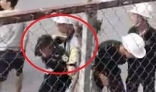 Nhóm bảo vệ dùng gậy, dùi cui đánh đập 2 công nhân dã man