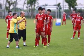 Không chỉ Asiad 2018, bóng đá Việt Nam nhiều lần bị