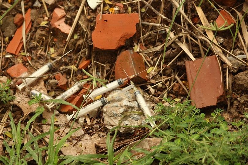 Tiềm ẩn nguy cơ lây nhiễm HIV từ những căn biệt thự bỏ hoang tại Hà Nội