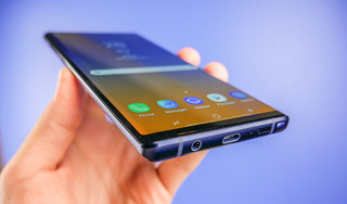 Galaxy Note 9 giảm giá 'sốc' khi ra mắt tại Việt Nam