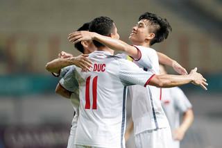 Chấm điểm Olympic Việt Nam 2-0 Nepal: Tuyệt vời Phan Văn Đức