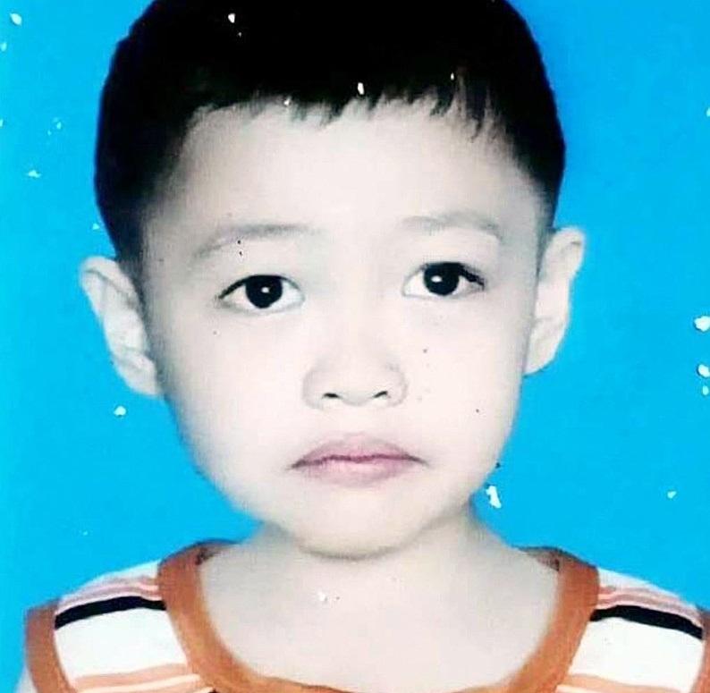 Bé trai 6 tuổi mất tích bí ẩn hơn nửa tháng ở Gia Lai