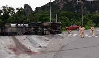Ninh Bình: Xe bồn lật đè khiến 1 người đàn ông tử vong