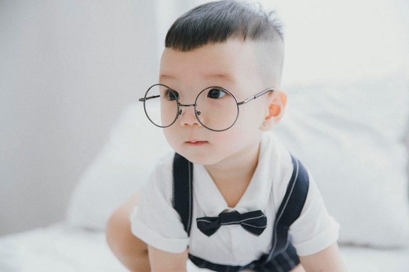 Hot girl dân tộc Thu Hương tung bộ ảnh cực đáng yêu của con trai