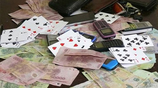 Đội trưởng Thanh tra giao thông đánh bạc ăn tiền bị khởi tố