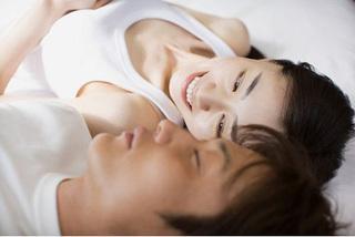 Tụt hứng 'yêu' vì chồng nhếch nhác, nặng mùi