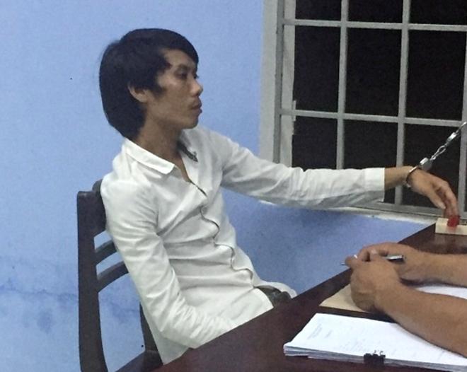 Con trai siết cổ cha ruột tử vong vì cuộn dây điện bị khởi tố
