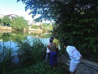 Đòi 'quan hệ' với con riêng của vợ, người đàn ông bị đuổi đánh rơi xuống sông tử vong?