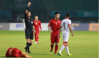 Thông tin thú vị về trọng tài Trung Quốc bắt trận Việt Nam - Bahrain