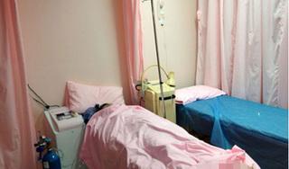 Sản phụ tử vong bất thường sau 2 giờ sinh con, người nhà yêu cầu làm rõ