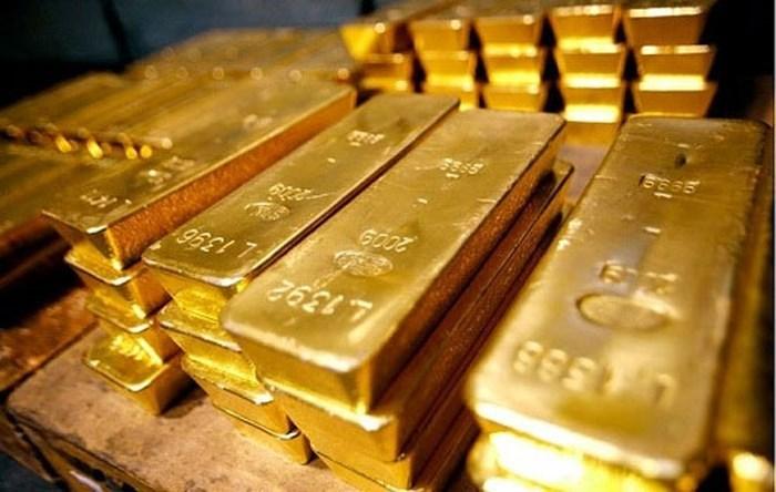 Giá vàng hôm nay 30/8: USD bất ngờ tăng, vàng lại quay đầu giảm