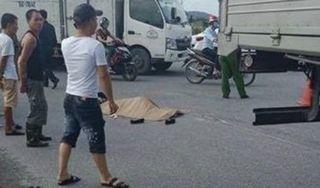 Ôm cua gấp, xe tải chèn lên xe máy khiến 1 người tử vong