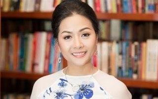 Chia sẻ xúc động của doanh nhân Trần Uyên Phương khi ra mắt 'Vượt lên người khổng lồ' tại Mỹ