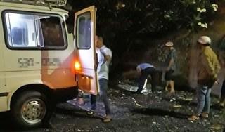 Tài xế taxi phát hoảng bỏ lại khách bên đường khi biết nữ hành khách đã chết