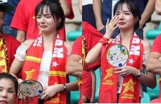 Nữ CĐV xinh đẹp tiếp tục được săn đón trên sóng truyền hình Hàn Quốc