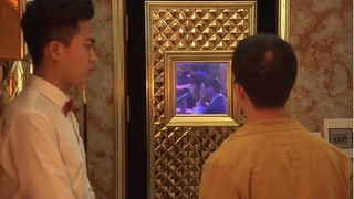 Quỳnh búp bê tập 9: Cảnh bất lực nhìn Quỳnh chiều chuộng khách