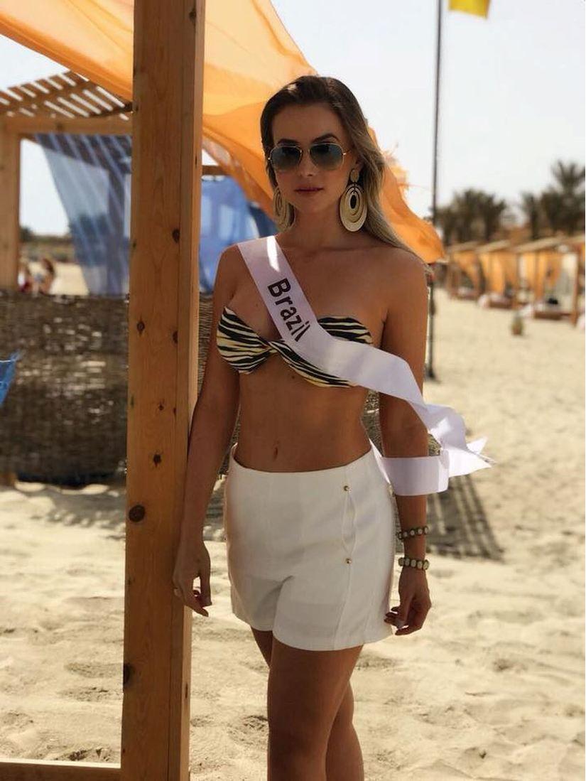 Người đẹp thay thế Á hậu Thư Dung khi bị tước danh hiệu10