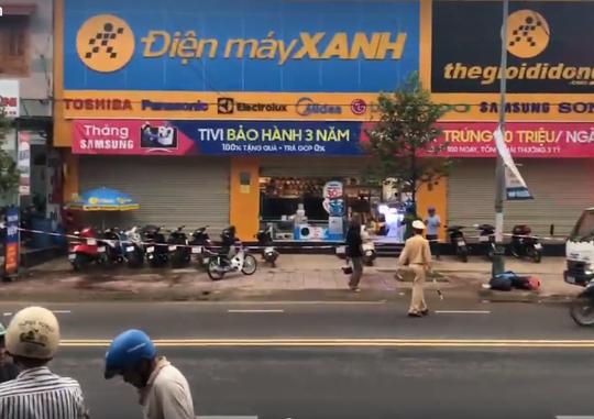Bảo vệ siêu thị Điện máy Xanh đâm chết nữ nhân viên quản lý