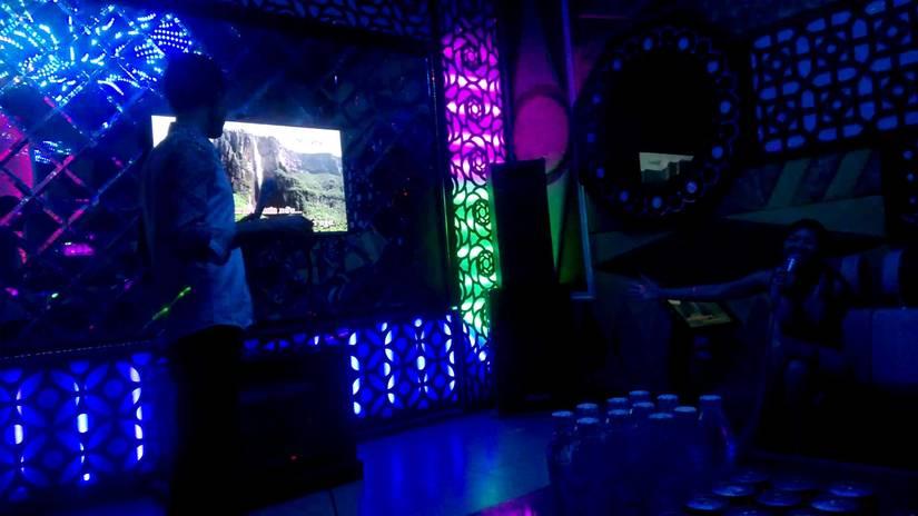 Bị đánh chết vì cố chấp đòi mua dâm ở quán karaoke