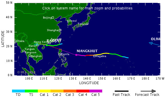 Siêu bão Mangkhut giật cấp 17 ầm ầm đi vào khu vực Biển Đông