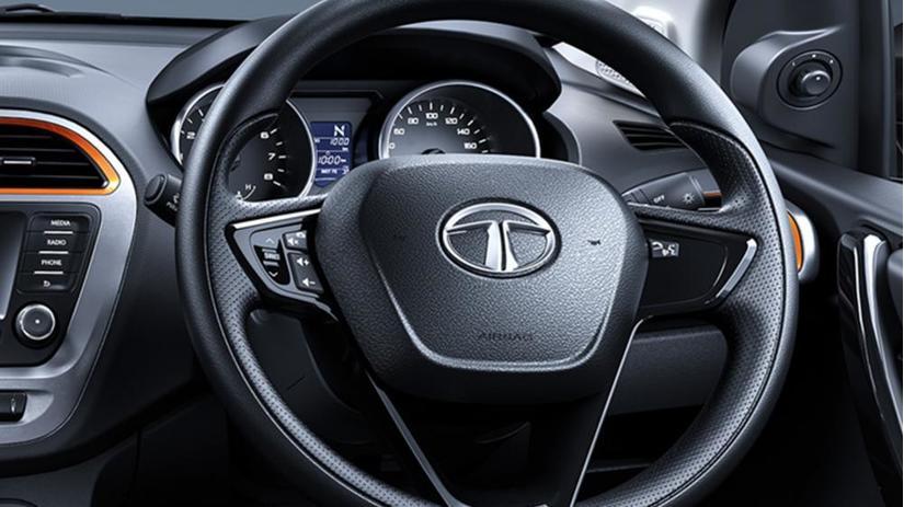 xe Tata Tiago NRG 2018 giá chỉ từ 177 triệu