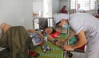 Đi ăn cưới, 25 người nhập viện nghi ngộ độc thực phẩm