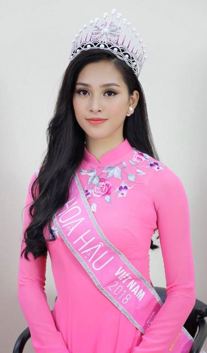 Dân mạng truyền tay điểm toàn 4, 5 của Tân Hoa hậu Tiểu Vy
