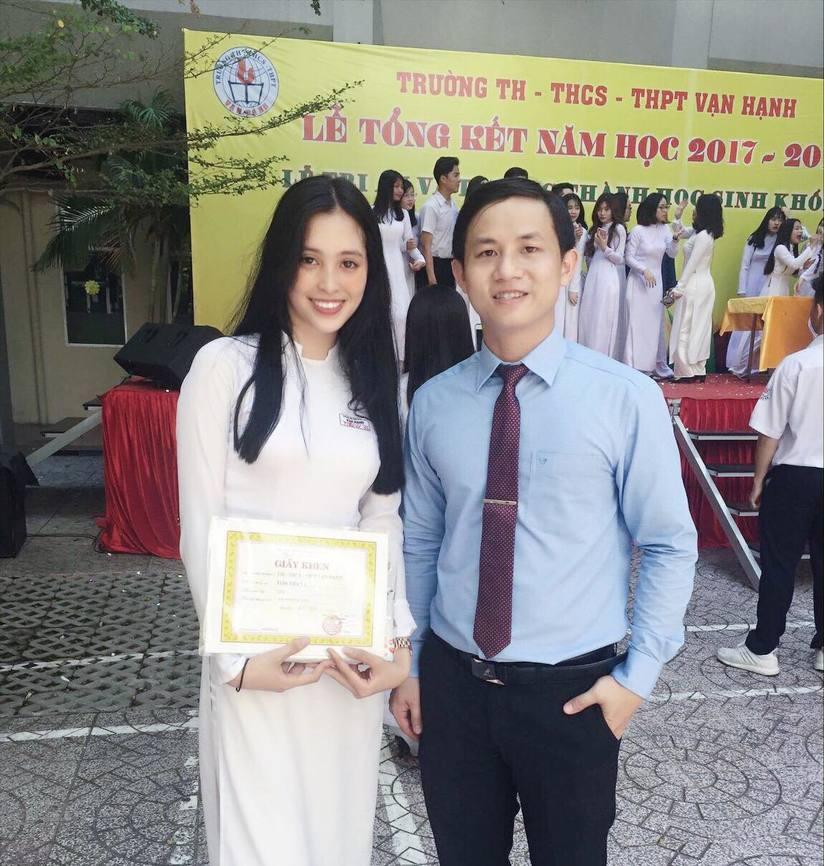 Ảnh tân Hoa hậu Tiểu Vy trong trang phục học sinh đốn tim dân mạng910
