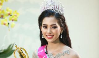 Hoa hậu Trần Tiểu Vy và những câu trả lời ngây thơ, chân thật đúng lứa tuổi 18