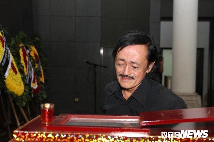 Hình ảnh xúc động trong tang lễ đạo diễn Đông Hồng