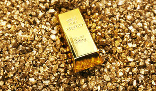 Giá vàng hôm nay 19/9: Vàng thế giới lao dốc sau quyết định của ông Trump